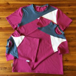 SturKnopf dreifarbiges T-Shirt Petrol, Beere, Weiß in drei Größen